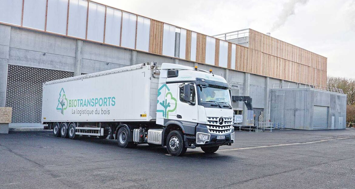 First truck with biomasse arrives at the biomasse plant in Rouen, France